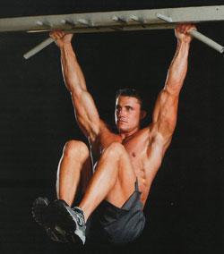 Косые мышцы живота - подъемы ног в висе
